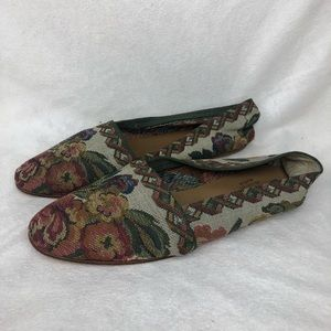Vintage floral knit flats with leather soles